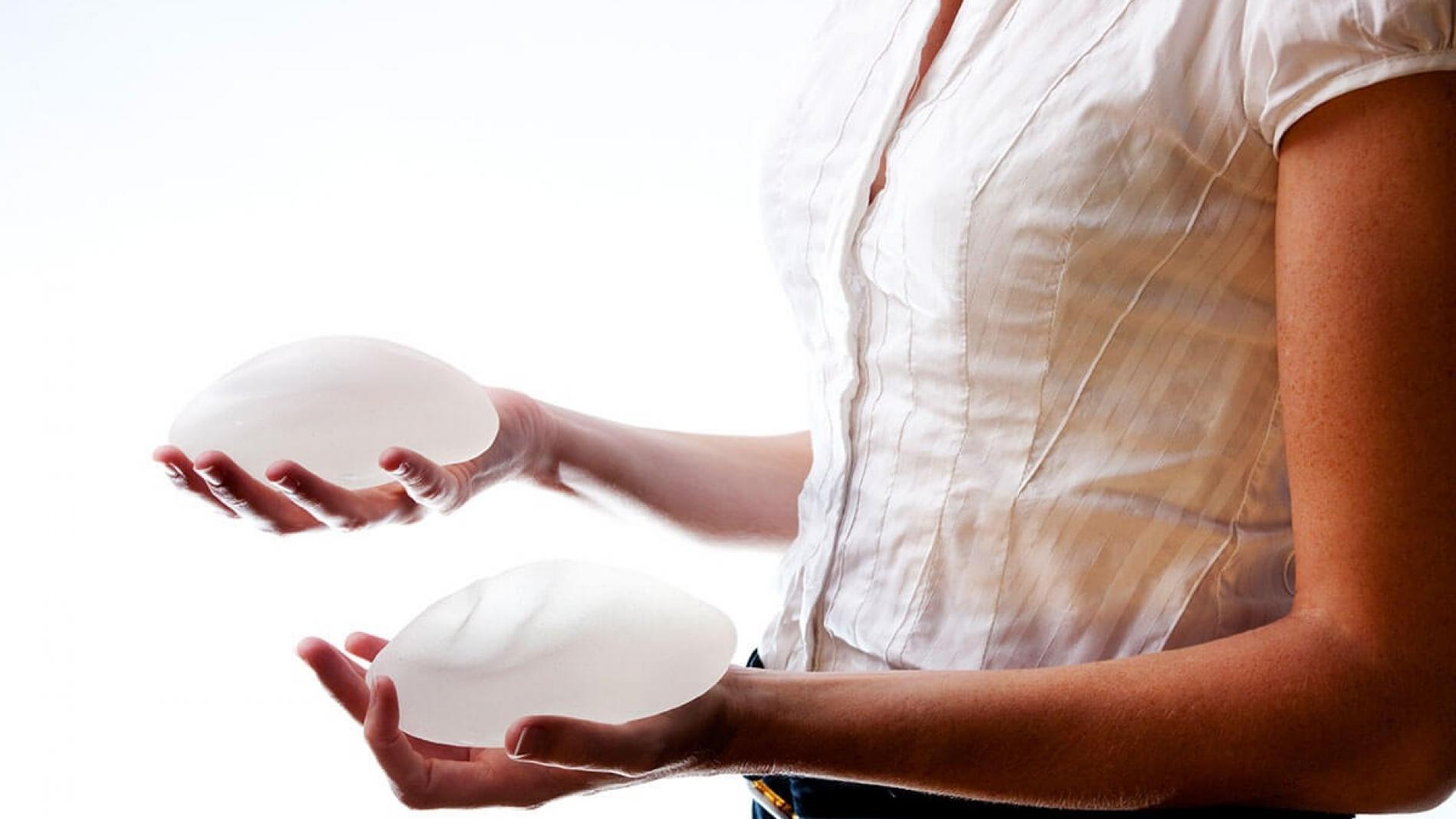 clinica de cirurgia plastica em santos dra ana lucia lemos O que muda após a prótese de silicone